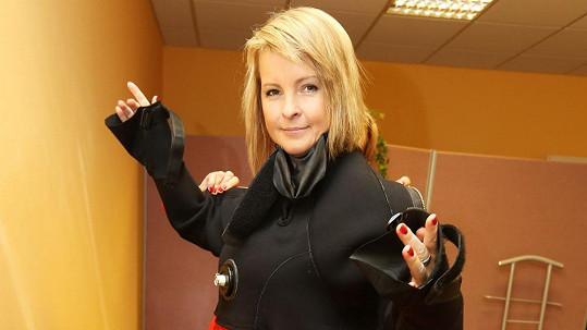 Iveta Bartošová zažila další autonehodu.