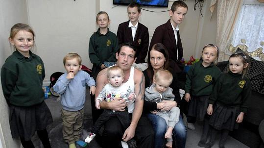 Cheryl Prudham s manželem Robertem a jejich dětmi