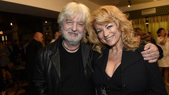 Evu Vejmělkovou obsadil do nového filmu její manžel Dušan Rapoš.