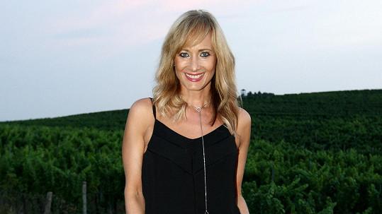 Daniela Šinkorová má postavu dvacítky, ale tvář odpovídá jejímu věku.