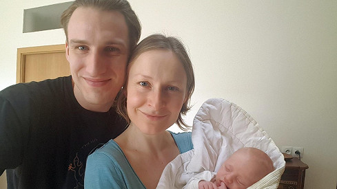 Jakub Zedníček s partnerkou Lenkou a dcerou Mayou