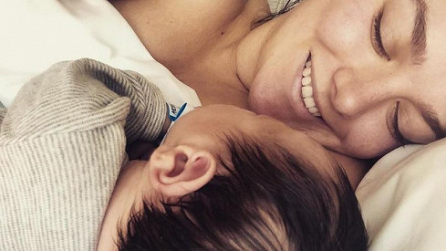 Ewa Farna s novorozeným synem