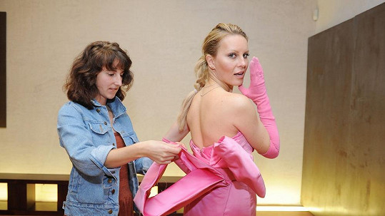 Simona Krainová v šatech Marilyn Monroe