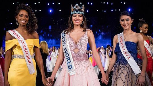 Nová Miss World Stephanie Del Valle (uprostřed)