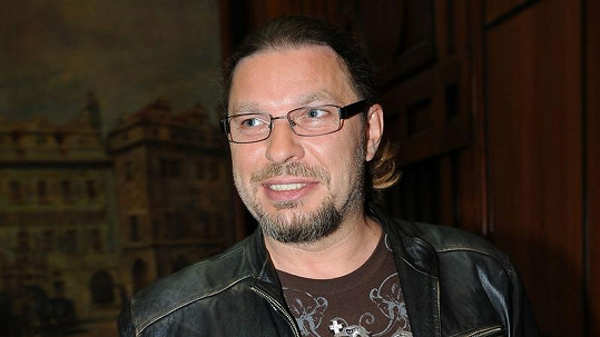 Petr Kolář má z nového alba radost.