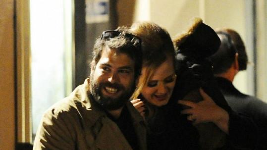 Adele je konečně šťastná.