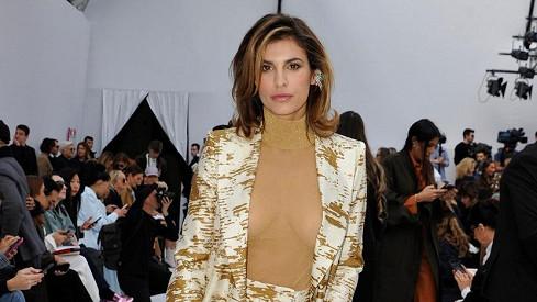 Osvobodila bradavky: Vnadná bývalka George Clooneyho si nevzala podprsenku pod průhledné tělovétričko