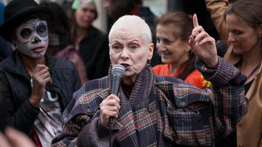 Aktivistka Vivienne Westwood se přidala k organizaci PETA.