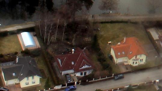 Dům zpěvačky: Sousedi mají zahrádky jak ze škatulky, Iveta na ní pěstuje horor?
