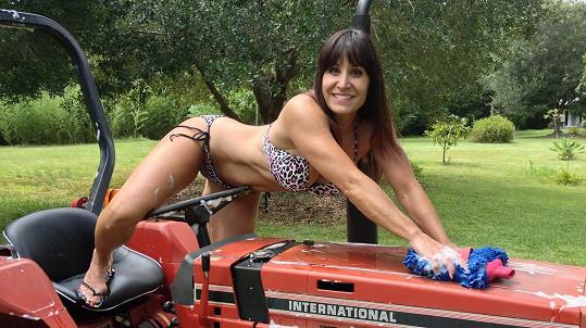 Takhle Jen pečuje o svůj vozový park.