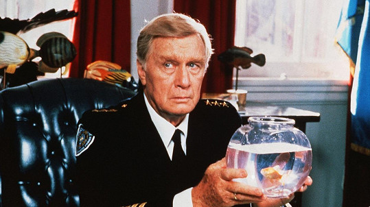 George Gaynes v Policejní akademii