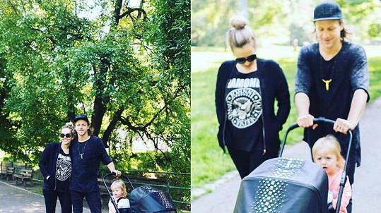 Tomáš Klus je pyšným tatínkem.
