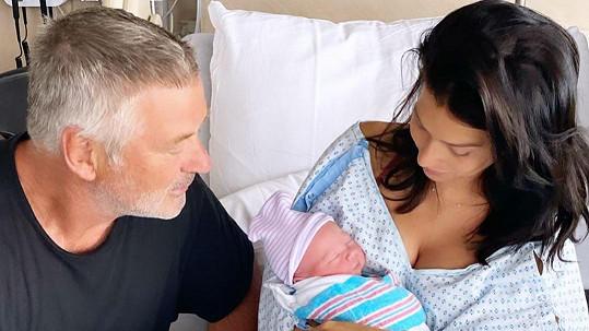 Hilaria a Alec přivítali pátého společného potomka.