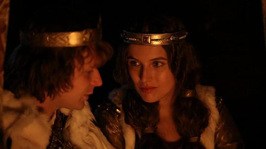 Kryštof Hádek a Tereza Voříšková v hlavních rolí snímku Hlas pro římského krále