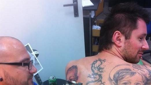 Petr Vágner se pochlubil novým tetováním.