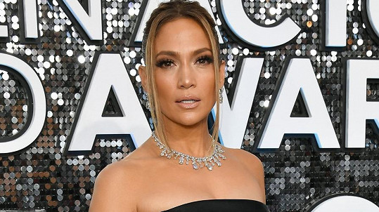 Jennifer Lopez na sobě měla šperky za pěkný balík.