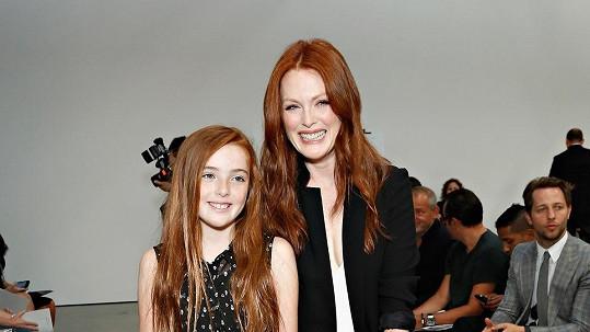 Julianne Moore s jedenáctiletou dcerou Liv.
