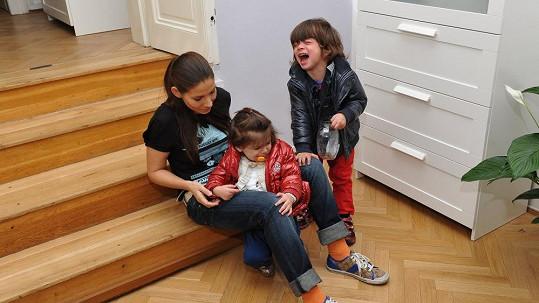 Eva Decastelo se synem Michálkem a dcerou Zuzankou.