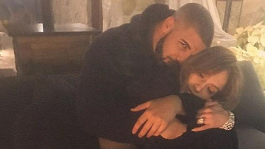 Jennifer Lopez a Drake tvoří nový milenecký pár.