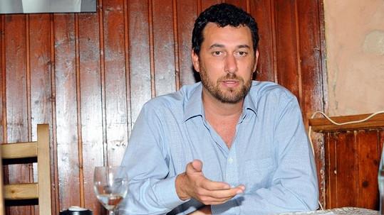 Domenico Martucci tvrdí, že trpí neléčitelnou genetickou nemocí.