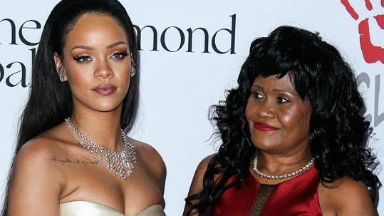 Rihanna Fenty s maminkou Monicou