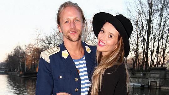 Tomáš a Tamara Klusovi čekají druhé dítě.
