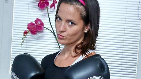 Kila navíc vyzvala Kristýna Janáčková na souboj.