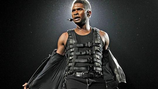 Usher si před koncertem ve floridském Fort Lauderdale nedopnul poklopec.