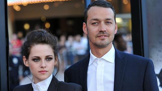 Rupert Sanders se s Kristen spustil během natáčení Sněhurky a lovce.