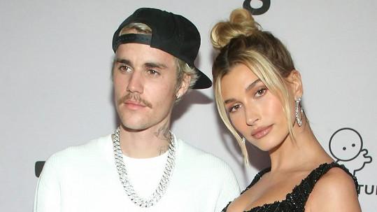 Justinovi a Hailey Biebrovým to v posteli prý docela klape.