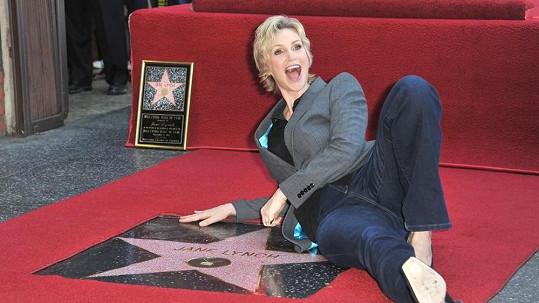 Jane Lynch se svou vlastí hvězdou...