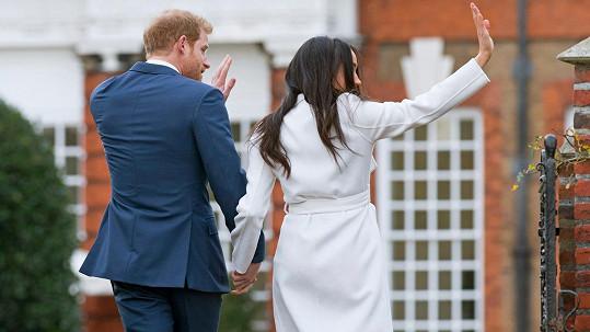 Vévoda a vévodkyně ze Sussexu se vzdali rolí v královské rodině.