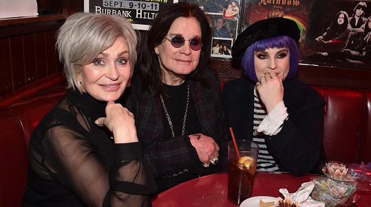 Sharon, Ozzy a Kelly Osbourne