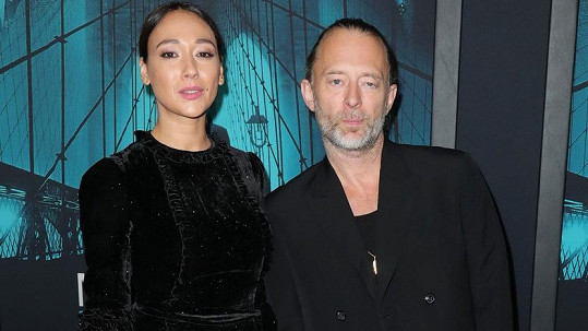 Thom Yorke se oženil s herečkou Dajanou Roncione.