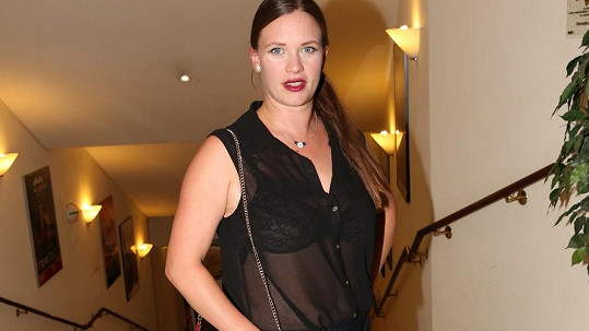 Kristýna Leichtová je po druhém porodu opět štíhlounká.