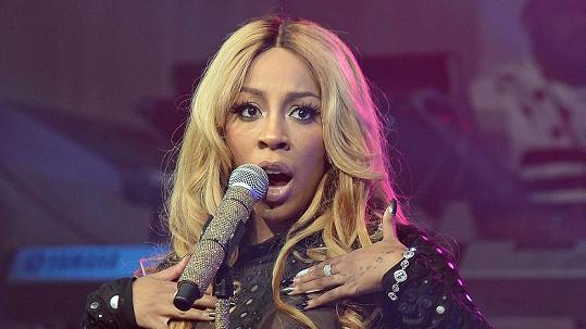 Zpěvačka K. Michelle divočila na koncertě.