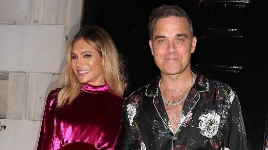 Robbie Williams a jeho žena Ayda se díky náhradní matce dočkali třetího dítěte.