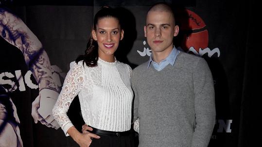 Aneta Vignerová s přítelem