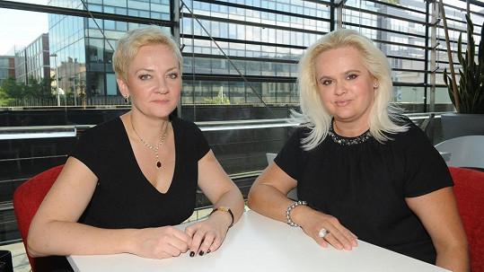 Kateřina Hamrová s Monikou Štikovou si plácly.
