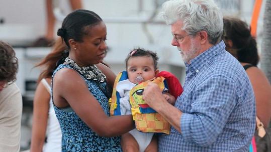 George Lucas s manželkou Mellody a dcerkou Everest