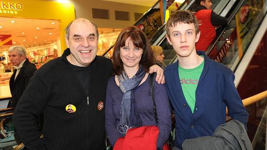 Miroslav Táborský se svou ženou Kateřinou a synem Radovanem.