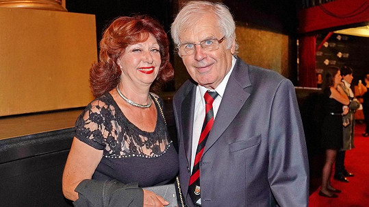 Saskia Burešová s manželem Petrem Obdržálkem