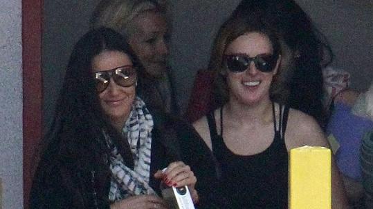 Demi Moore a Rumer odcházely z hodiny jógy.
