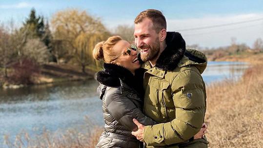 Hanka Mašlíková s manželem Andrém jsou opět spolu jako rodina.