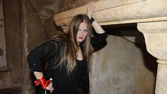 Vladivojna nazpívala píseň proti používání palmového oleje.