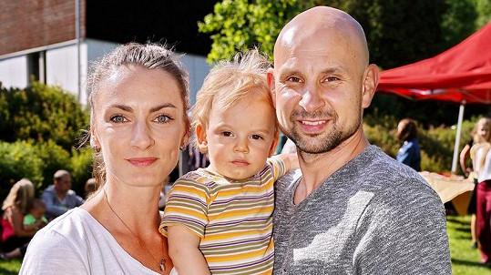 Tomáš Dastlík se svou rodinou