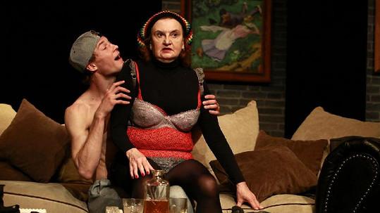 Eva Holubová v komedii Veletoč