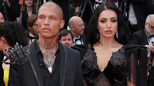Jeremy Meeks se v Cannes objevil s modelkou Andreeou Sasu.