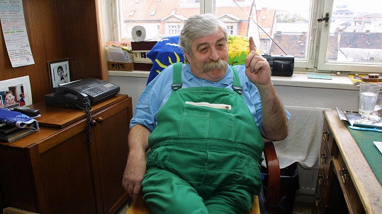 Syn komika Júliuse Satinského, který v roce 2002 podlehl rakovině, přiznal vážné psychické problémy.