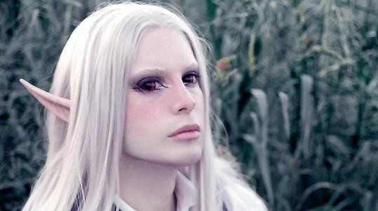 Luis Padron (25) z Argentiny se mění v elfa.